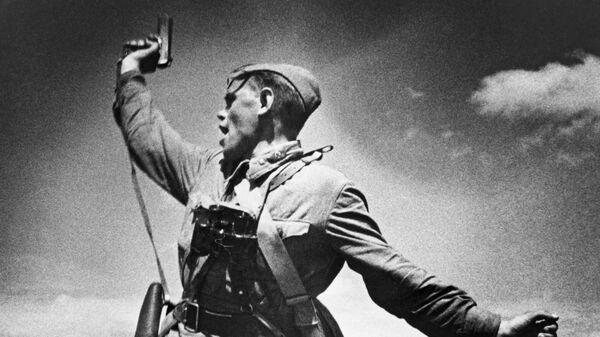 Фотография Комбат Макса Альперта, 1942 год - Sputnik Latvija