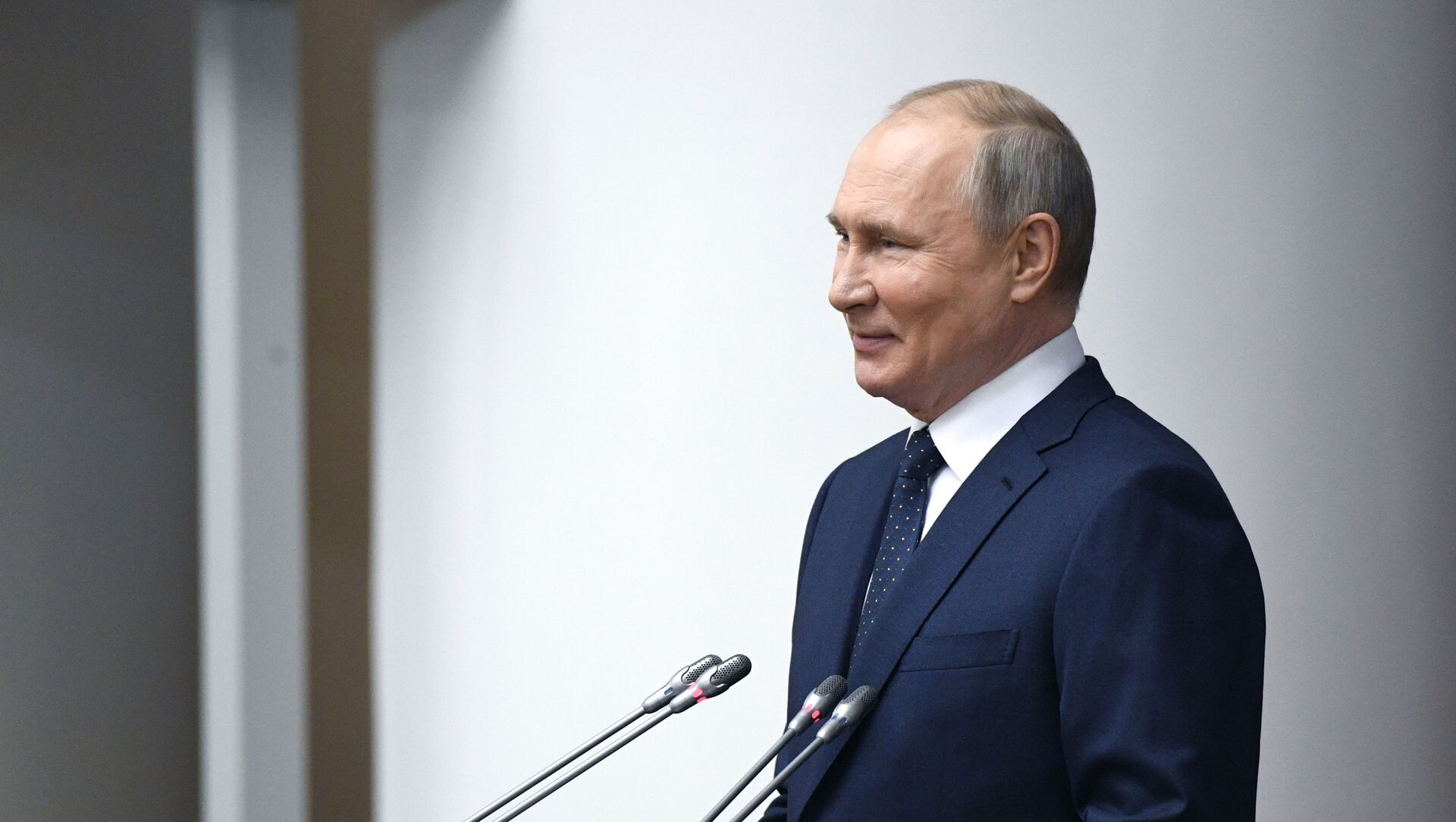 27 апреля 2021. Президент РФ Владимир Путин - Sputnik Latvija, 1920, 09.05.2021