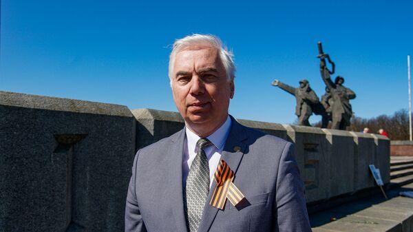 Латвийский историк Виктор Гущин - Sputnik Латвия