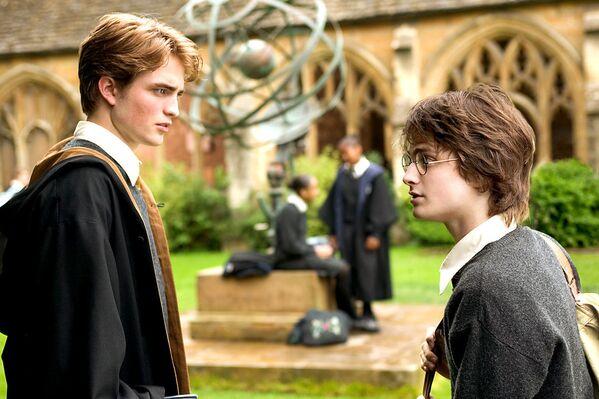 Aktieris kļuva populārs pēc mazas lomas filmā par Hariju Poteru, kur viņš nospēlēja skolas zvaigzni – Sedriku Digoriju - Sputnik Latvija