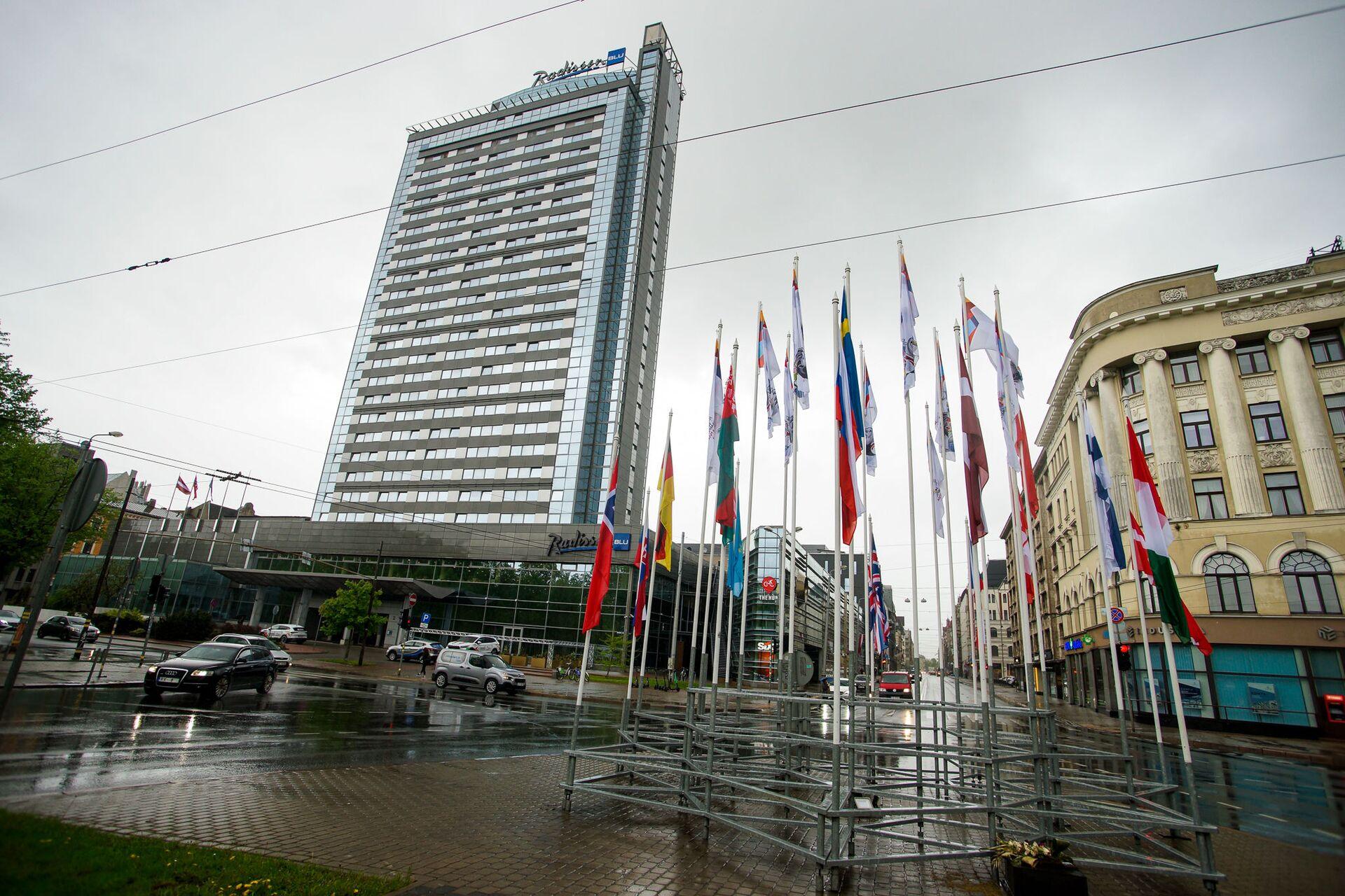 Гостиница Radisson Blu Hotel Latvija, где будут проживать участники Чемпионата мира - 2021 по хоккею в Риге - Sputnik Латвия, 1920, 01.06.2021