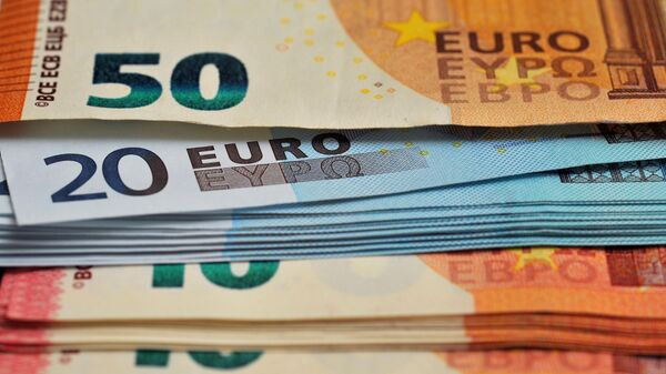 Купюры евро - Sputnik Латвия