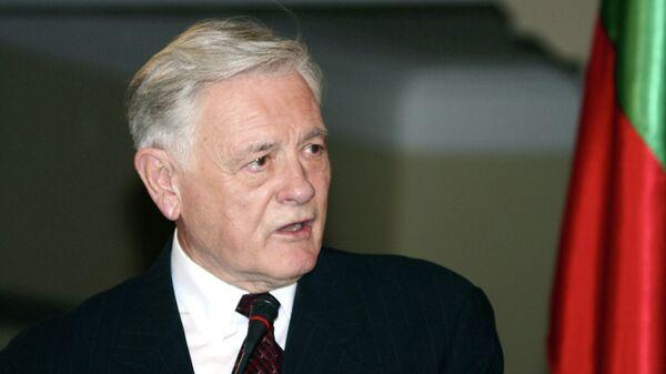 Экс-президент Литвы Валдас Адамкус, архивное фото - Sputnik Латвия
