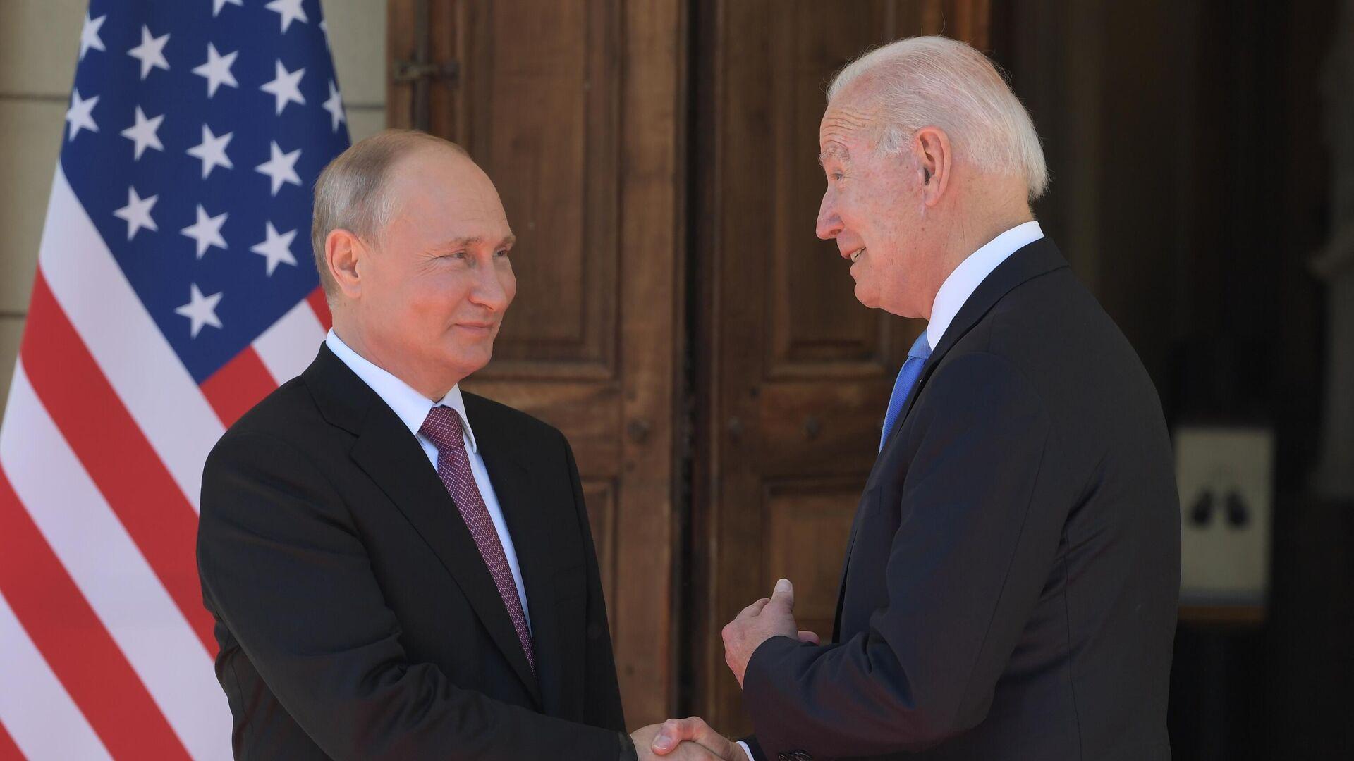 Встреча президентов России и США Владимира Путина и Джо Байдена в Женеве - Sputnik Латвия, 1920, 17.06.2021