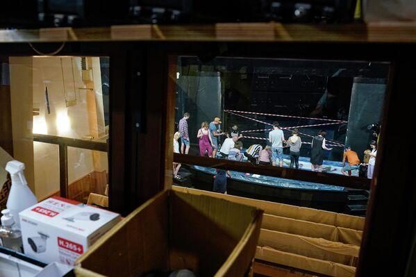 Кукольный театр покидает старое здание. - Sputnik Латвия