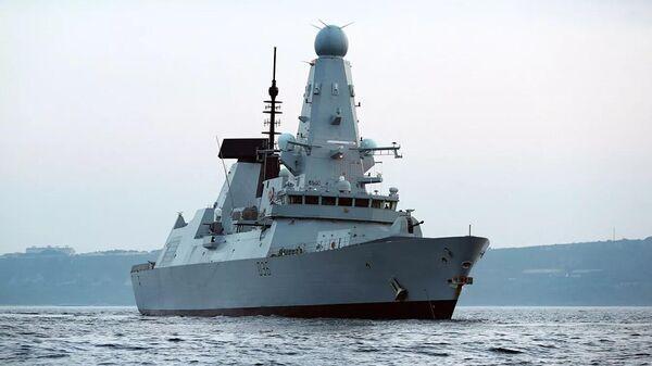 Эсминец Дефендер ВМС Великобритании  - Sputnik Latvija