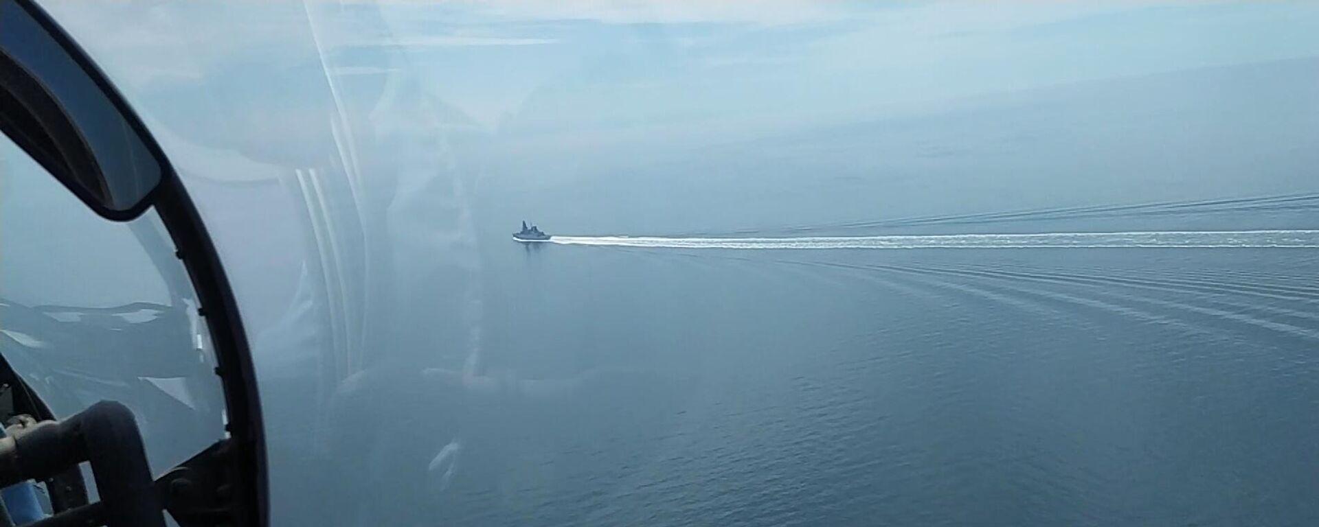 Инцидент с британским эсминцем Defender в Черном море - Sputnik Латвия, 1920, 08.07.2021