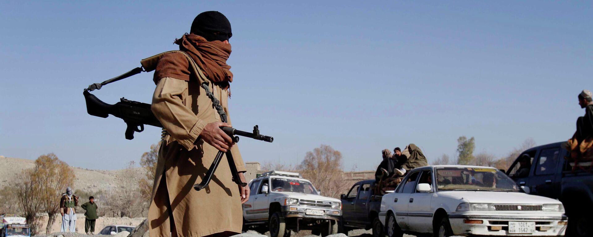 Боевики радикального движения Талибан в Афганистане  - Sputnik Латвия, 1920, 10.07.2021