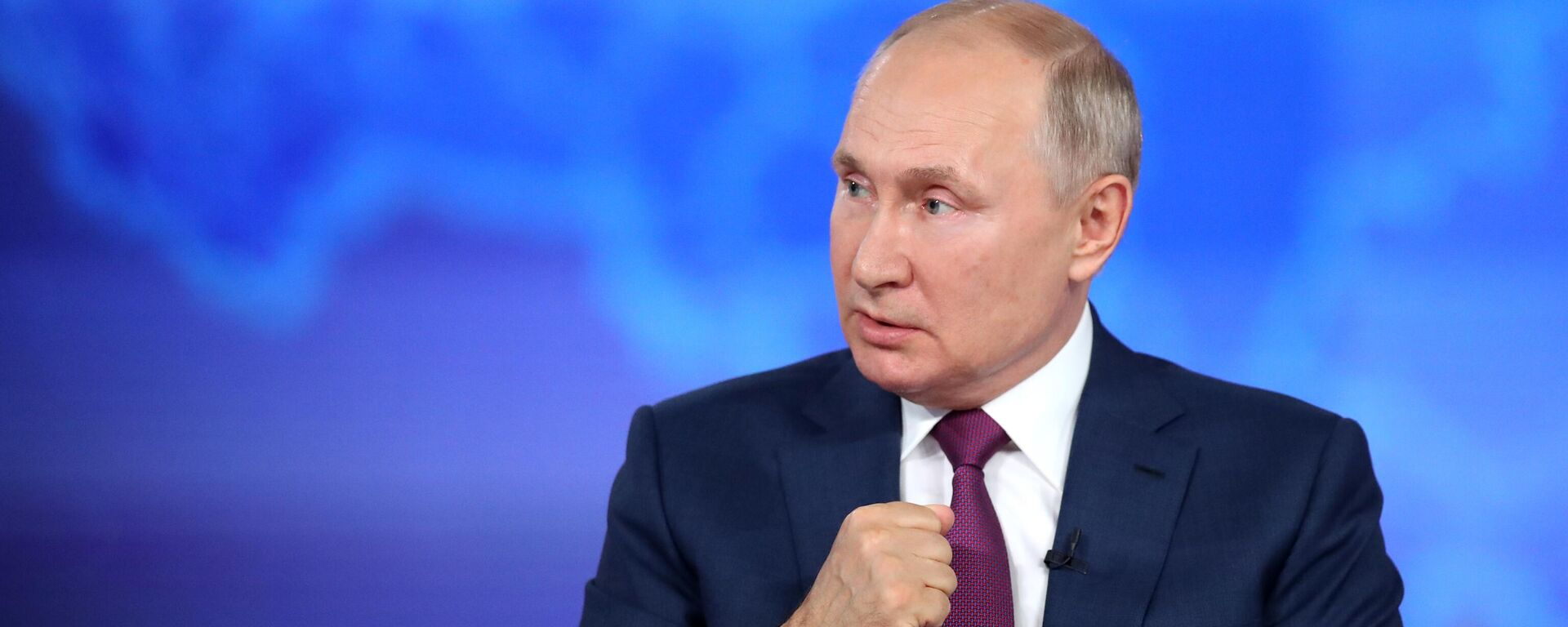 Прямая линия с президентом РФ Владимиром Путиным - Sputnik Latvija, 1920, 01.09.2021