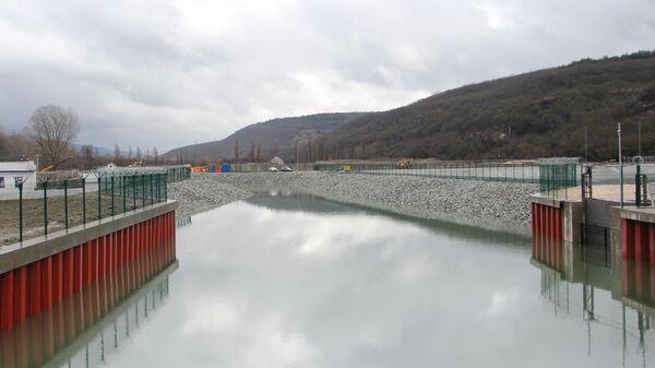 Водозабор на реке Бельбек в Крыму - Sputnik Латвия