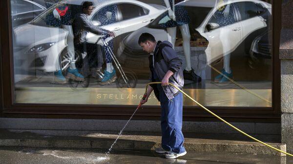 Уборка городских улиц, архивное фото - Sputnik Latvija