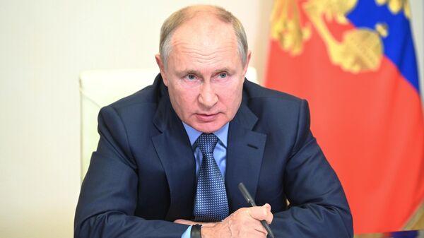 Krievijas Federācijas prezidents Vladimirs Putins - Sputnik Latvija