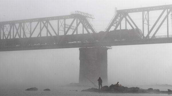 Железнодорожный мост через реку Обь - Sputnik Латвия