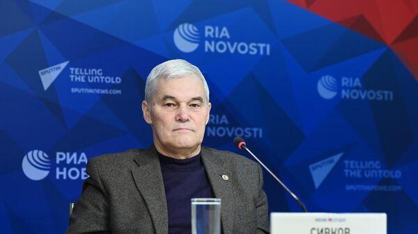 Военный эксперт: господство США над миром кончилось - Sputnik Latvija