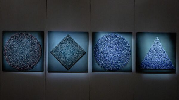 В рижском Музее декоративно-прикладного искусства и дизайна в Старой Риге открылась выставка современной керамики Балтии Creo ergo sum - Sputnik Латвия