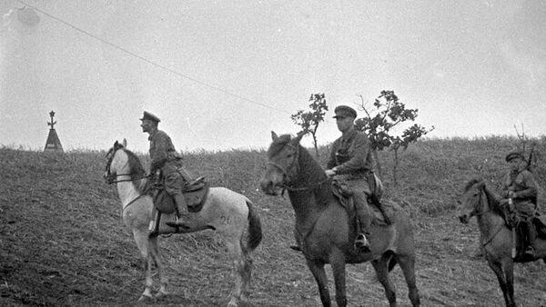 Наряд советских пограничников в районе озера Хасан. 1938 год - Sputnik Latvija