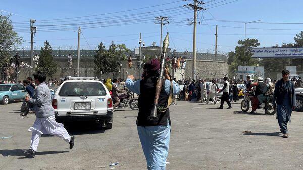 Radikālās kustības Taliban* kaujinieki Kabulā - Sputnik Latvija