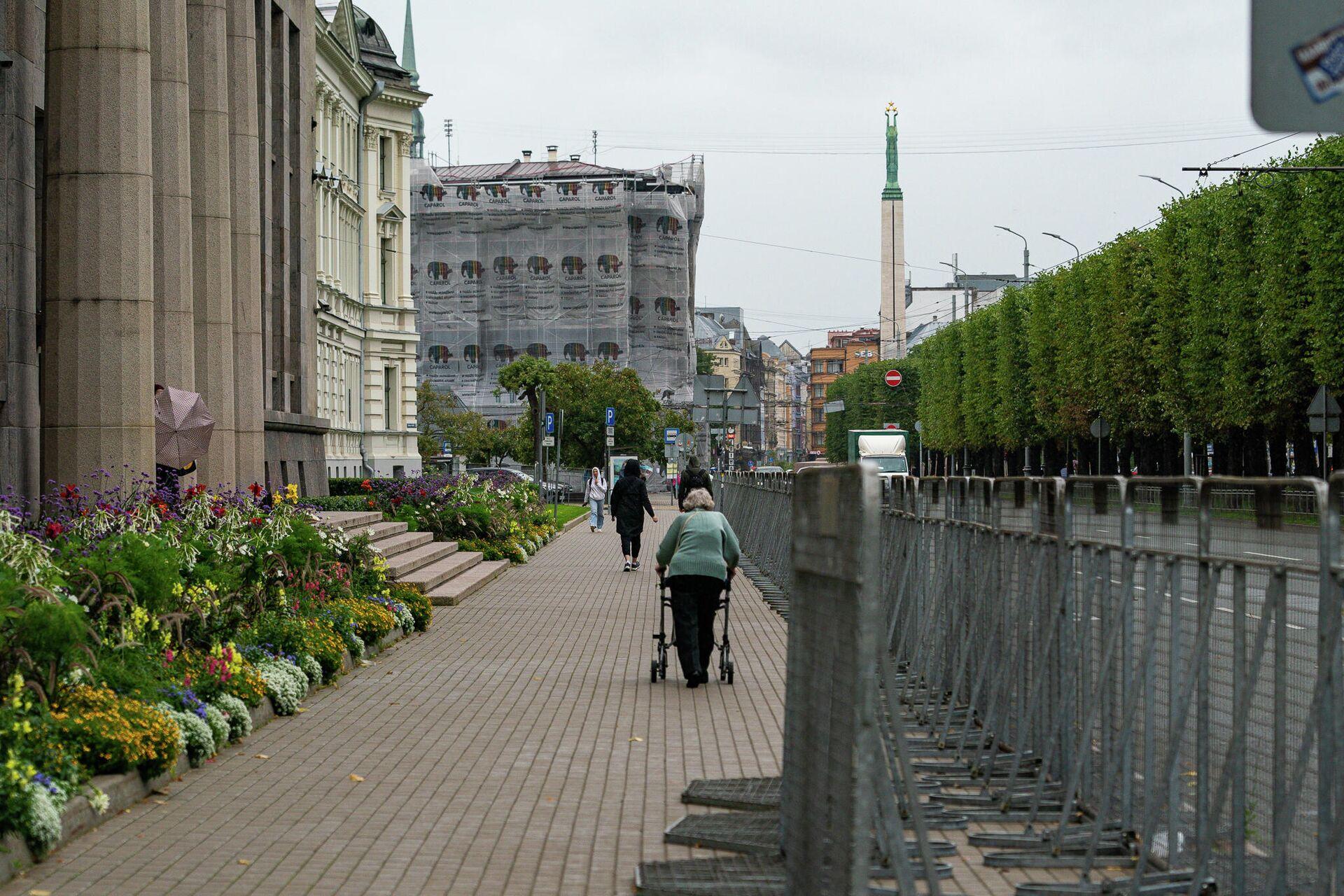 Обстановка у здания Кабинета министров Латвии - Sputnik Латвия, 1920, 18.08.2021