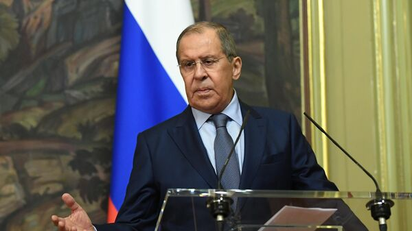 Лавров объяснил, почему РФ не спешит признавать Талибан* - Sputnik Латвия