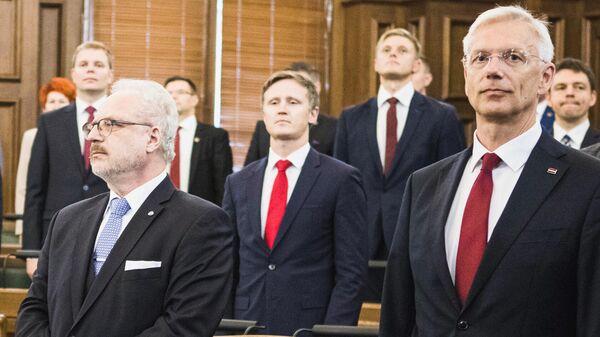 Президент Латвии Эгилс Левитс(слева) и премьер-министр Латвии Кришьянис Кариньш - Sputnik Latvija