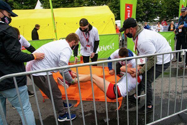 Спортсменке из Польши стало плохо после финиша на дистанции полумарафона - Sputnik Латвия