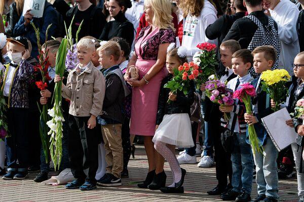 1 сентября в Рижской средней школе №80 - Sputnik Латвия