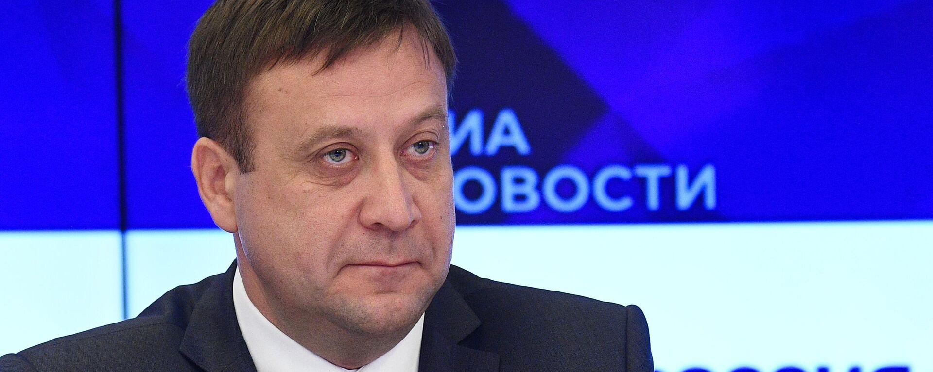 Шевцов: Россотрудничество увеличит квоты для всех стран СНГ - Sputnik Latvija, 1920, 05.09.2021