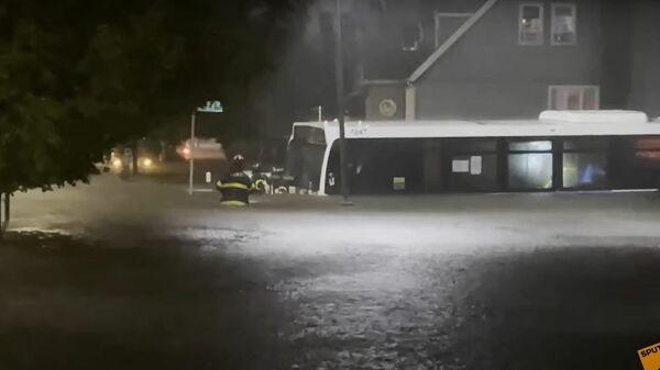 Наводнение в Нью-Йорке: власти объявили чрезвычайную ситуацию - Sputnik Латвия