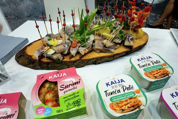 Рыбные консервы от латвийского производителя Kaija - Sputnik Латвия