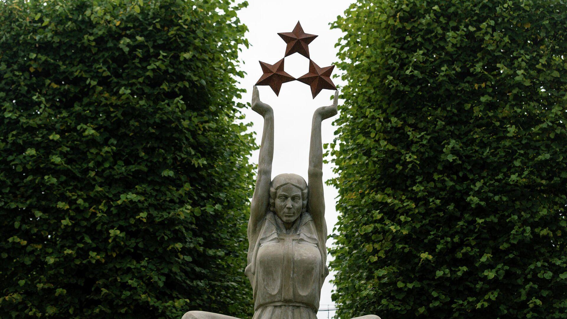 Инсталляция Будда-Свобода - Sputnik Латвия, 1920, 26.09.2021