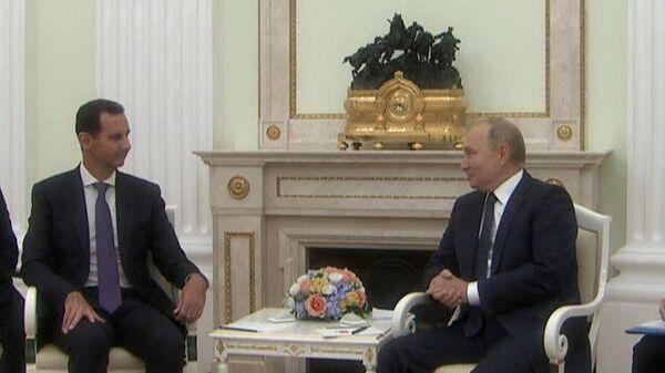 Асад поблагодарил Путина на русском языке за поздравления с днем рождения - Sputnik Latvija