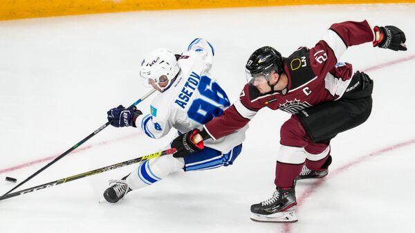 В последних матчах обязанности капитана команды выполняет Оскарс Цибульскис - Sputnik Латвия
