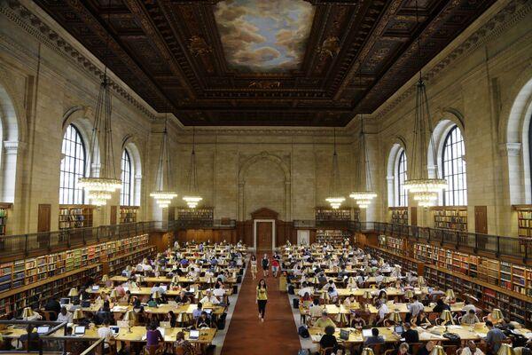 Ņujorkas publiskā bibliotēka – viena no lielākajām pasaulē. Turklāt tā ir viena no lielākajām zinātniskajām bibliotēku sistēmām pasaulē - Sputnik Latvija