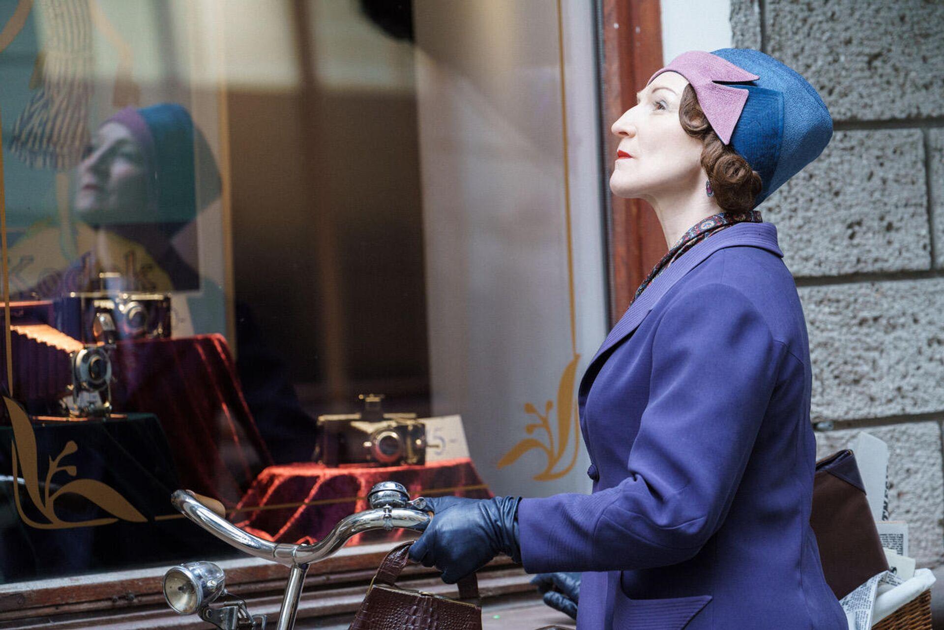 Главную роль в сериале исполнила актриса Нового рижского театра Гуна Зариня - Sputnik Латвия, 1920, 21.09.2021