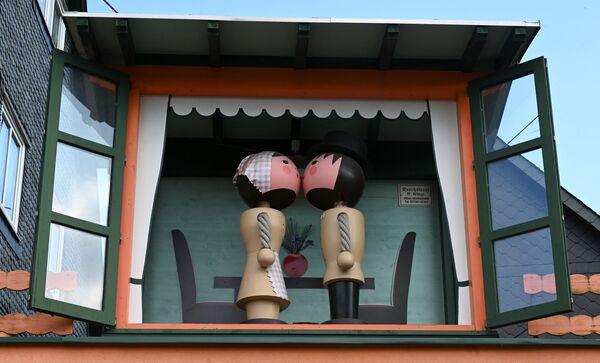 Koka figūriņas Zaifenas pilsētā Vācijas austrumos. - Sputnik Latvija