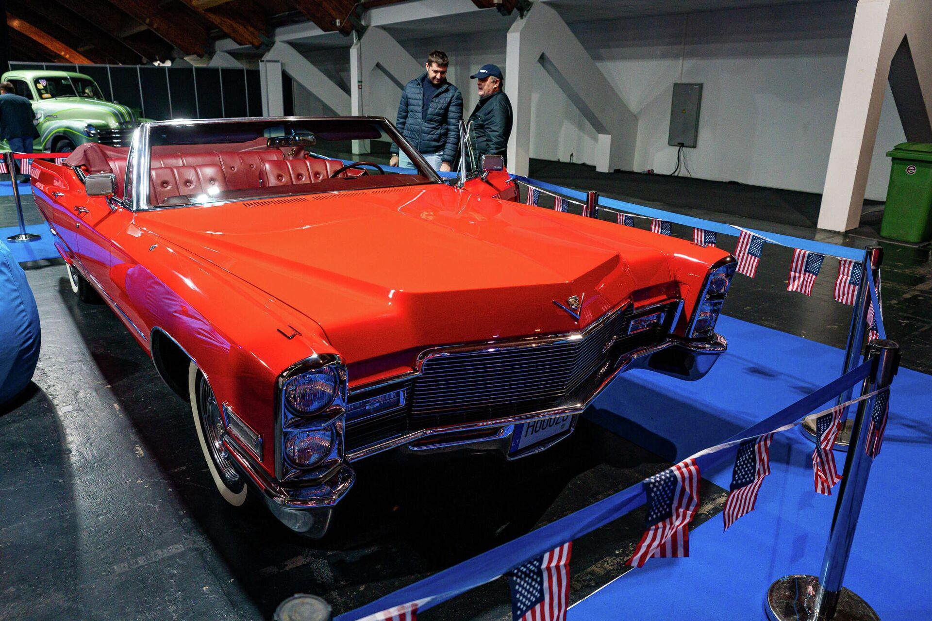 Пятое поколение знаменитого америнского Cadillac Eldorado производился с 1965 до 1966 года - Sputnik Латвия, 1920, 25.09.2021
