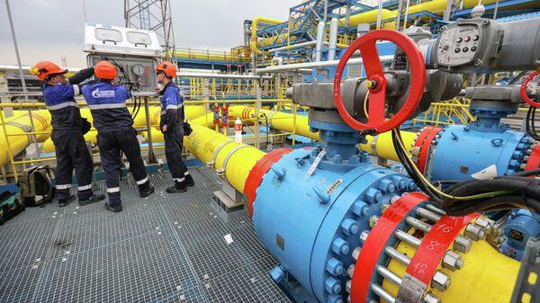 Gazprom gāzes pārstrādes uzņēmums - Sputnik Latvija