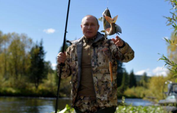 Makšķerēšana Sibīrijā - Sputnik Latvija
