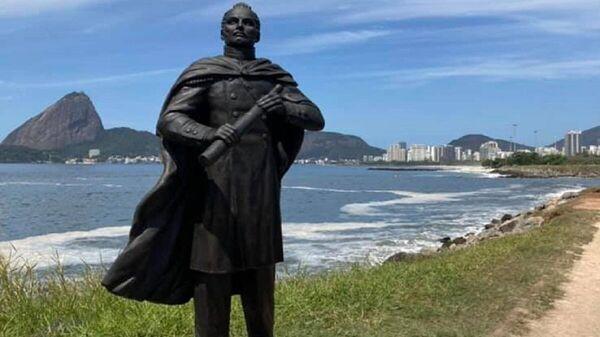 Памятник Фаддею Беллингсгаузену в Рио-де-Жанейро - Sputnik Латвия