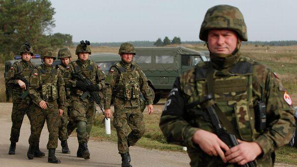 Polijas karavīri - Sputnik Latvija