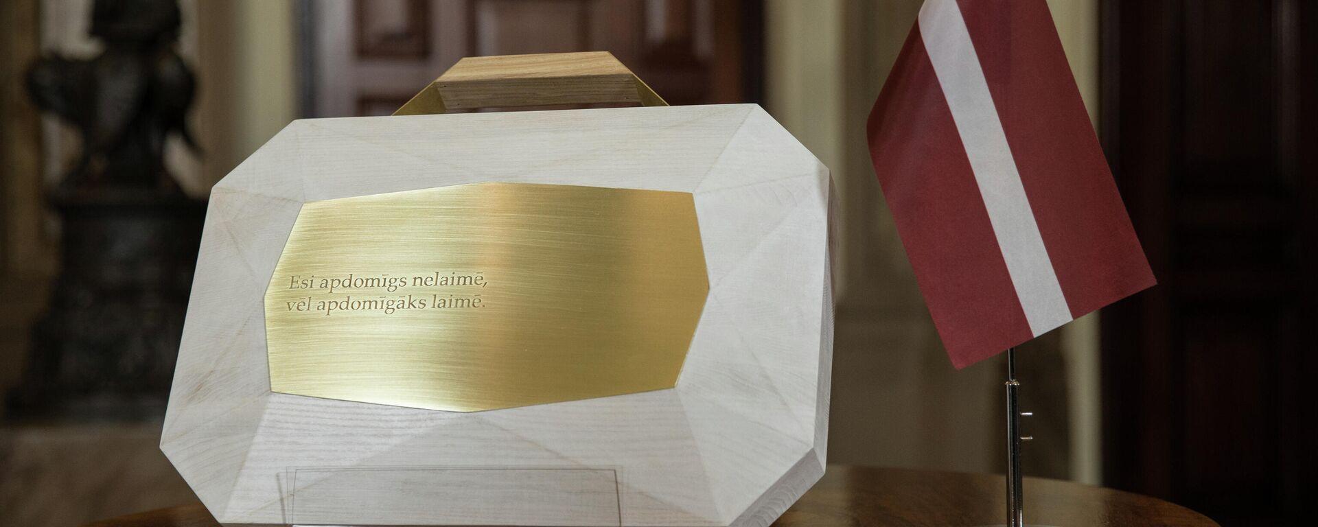Внесение проекта государственного бюджета на 2022 год в Сейм Латвии - Sputnik Латвия, 1920, 14.10.2021