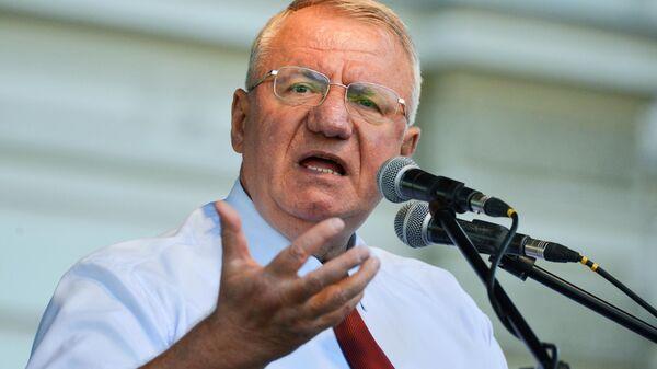 Serbijas Radikālās partijas līderis Voislavs Šešels - Sputnik Latvija