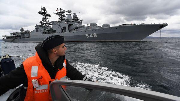 Mācības ar mērķi stiprināt Krievijas un Ķīnas drošību aizritēja no 14. līdz 17. oktobrim - Sputnik Latvija