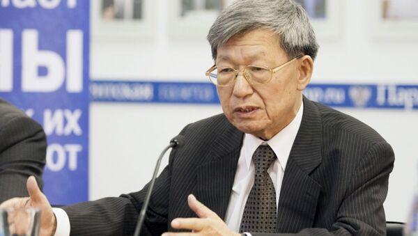 Ведущий научный сотрудник Центра корейских исследований ИДВ РАН Евгений Ким - Sputnik Латвия