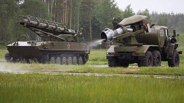 Speciālā mašīna bruņojuma un militārās tehnikas termiskajai apstrādei TMS-65U - Sputnik Latvija