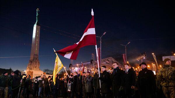 Факельное шествие 18 ноября в Риге - Sputnik Латвия