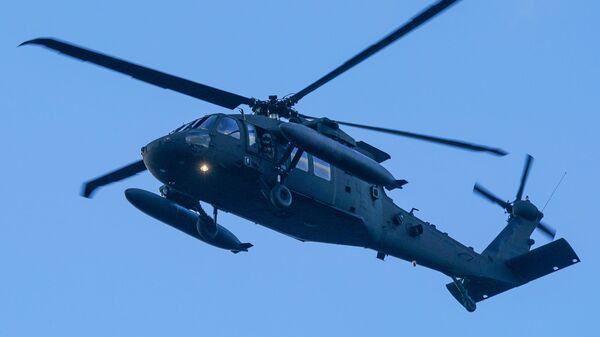 Американский многоцелевой вертолет Sikorsky UH-60 Black Hawk - Sputnik Latvija
