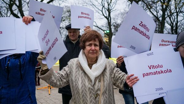 Татьяна Жданок на флешмобе в защиту образования в Риге - Sputnik Латвия