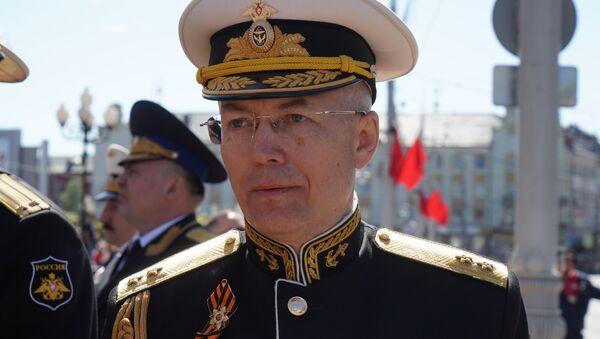 Командующий Балтийским флотом Александр Носатов, 9 мая 2018 - Sputnik Латвия