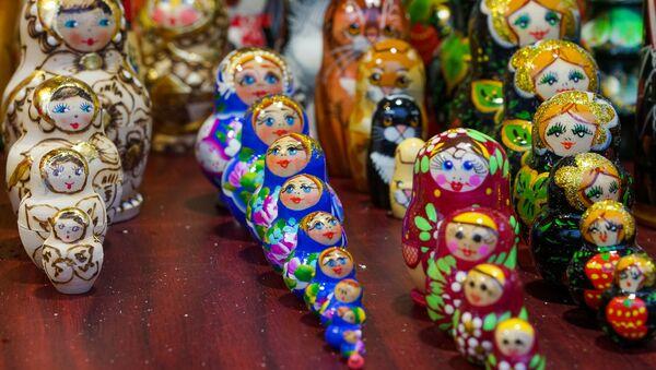 Рождественский рынок на Домской площади в Риге - Sputnik Latvija